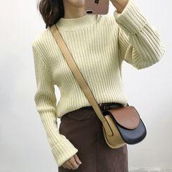 Dute - Mock Neck Rib Knit Top