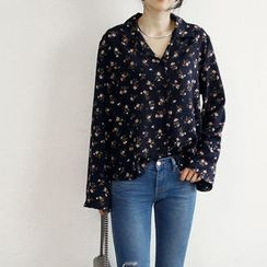 NANING9 - Notched-Collar Floral Pattern Blouse