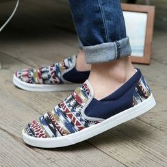 Artree - Pattered Slip-Ons