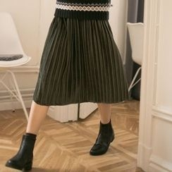 Miss Chipmunk - Velvet Pleated Skirt