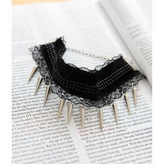 Petit et Belle - Lace-Trimmed Spike Bracelet