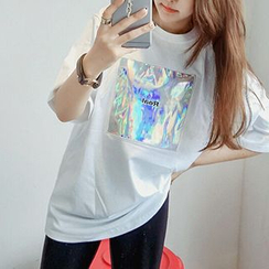 Melon Juice - Short-Sleeve Iridescent Applique T-Shirt