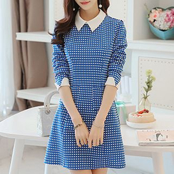 Q.C.T - Dotted Collared Knit Dress