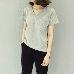 ByPeggie - V领T恤