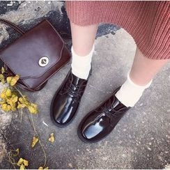 Chryse - Faux Patent Leather Oxfords