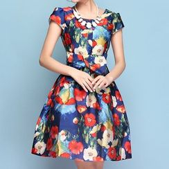 Strawberry Flower - Floral Print Short-Sleeve Pleated Dress