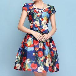 草莓花朵 - 碎花短袖饰褶连衣裙