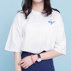 Glen Glam - Whale Embroidered Elbow Sleeve T-Shirt