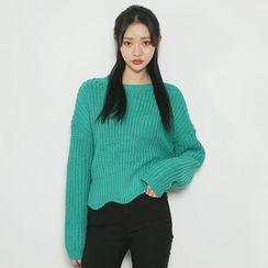 Envy Look - Scallop-Hem Chunky-Knit Sweater