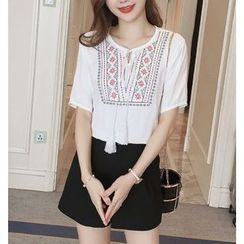 Emeline - Embroidered Tasseled Short Sleeve Top