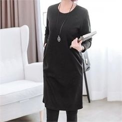 JOAMOM - Pocket-Front Plain Shift Dress