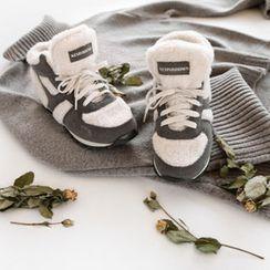 NIPONJJUYA - Hidden-Heel Fleece-Panel Sneakers