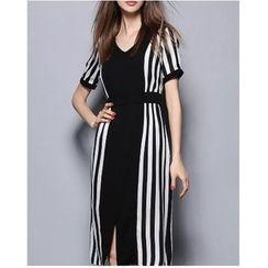 Oaksa - Short-Sleeve Striped A-line Midi Dress