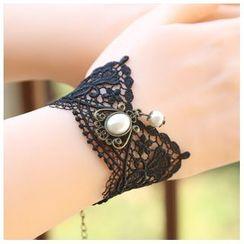 Amina - Faux Pearl Lace Bracelet