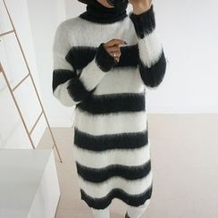 STYLEBYYAM - Color-Block Turtle-Neck Knit Dress