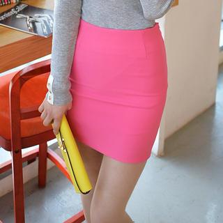 Cherryville - Zip-Back Pencil Skirt