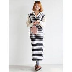 FROMBEGINNING - Sleeveless Striped Maxi Dress