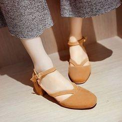 CITTA - Block Heel Ankle Strap Pumps