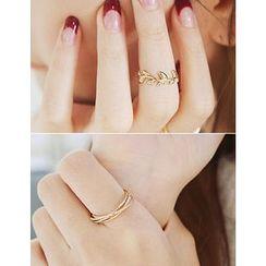 soo n soo - Set of 2: Rings