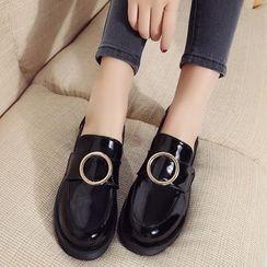 Wello - 飾扣漆皮樂福鞋
