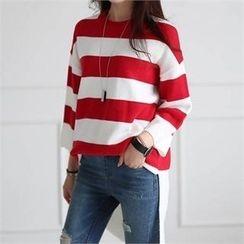 CHICFOX - Dip-Back Striped Knit Top