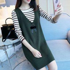 Ageha - Set: Striped Long-Sleeve T-Shirt + V-Neck Sleeveless Knit Dress
