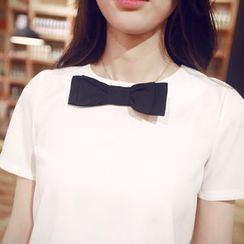Bornite - Bow Short-Sleeve Chiffon Top