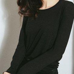 chuu - Round-Neck Long-Sleeve T-Shirt