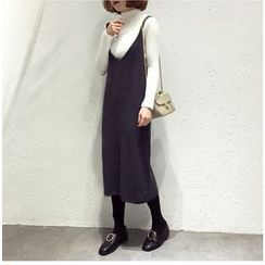 Ranche - V-Neck Knit Midi Pinafore Dress