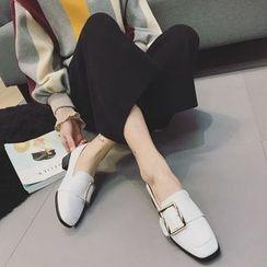 QQ Trend - 饰扣高跟乐福鞋