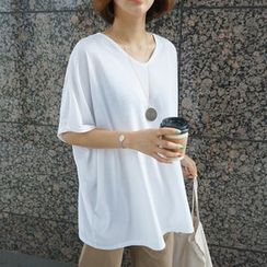 STYLEBYYAM - Loose-Fit V-Neck T-Shirt