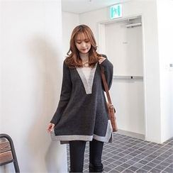 Styleberry - Mock-Neck Color-Block Sweater