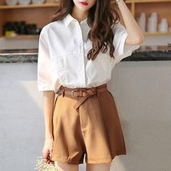 Ashlee - 套装: 短袖衬衫 + 短裤