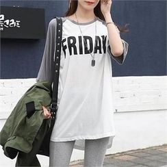 CHICFOX - Lettering Raglan-Sleeve T-Shirt