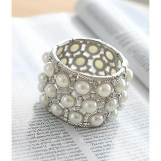 Petit et Belle - Faux Pearl Bangle