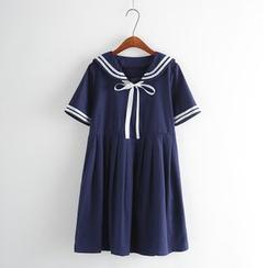Aigan - Short-Sleeved Sailor Dress