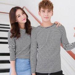 Evolu - Striped Couple T-Shirt
