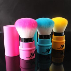 YEZ Cosmetics - Portable Loose Powder Brush  (Random Color)