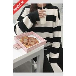 MICHYEORA - Crew-Neck Striped Sweatshirt