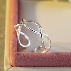 Kitty Kiss - 925纯银扭纹指环