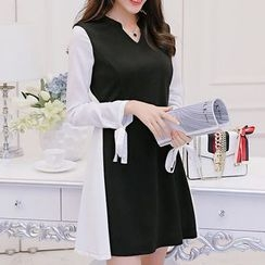 Q.C.T - Panel Long-Sleeve Knit Dress