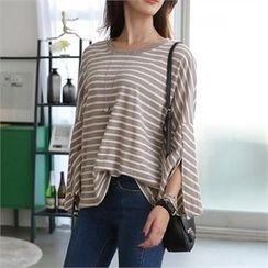 CHICFOX - Slit-Cuff Striped T-Shirt