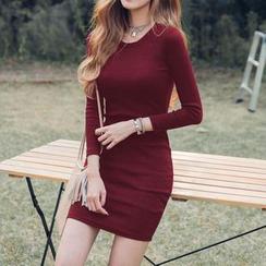 Jolly Club - 長袖修身針織連衣裙