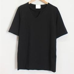 Momewear - Short-Sleeve Cutout Top