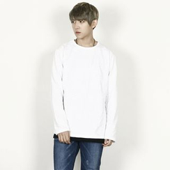 Rememberclick - Round-Neck T-Shirt
