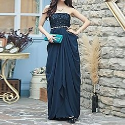 Holiday Lady - Strapless Pleated Evening Gown