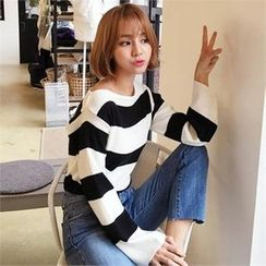 QNIGIRLS - Boat-Neck Color-Block Knit Top