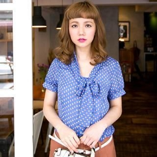 CatWorld - Tie-Neck Printed Blouse