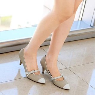 59 Seconds - Pointy Bow-Accent Mary Jane Pumps