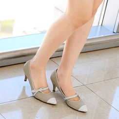 59th Street - Pointy Bow-Accent Mary Jane Pumps